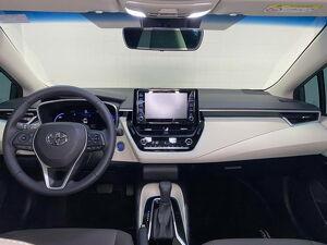 Toyota Corolla 1.8 Altis Premium Hybrid 11
