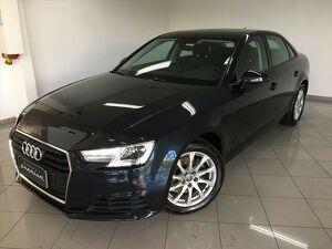 Audi A4 2.0 Attraction Azul 2018
