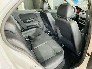 Volkswagen Gol 1.0 12V MPI 16
