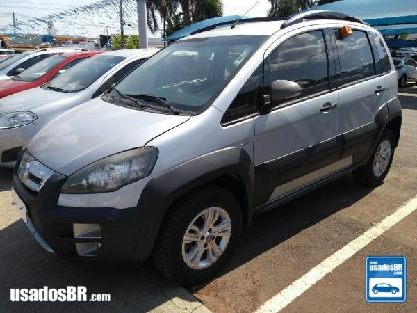 FIAT IDEA 1.8 ADVENTURE 16V Prata 2012