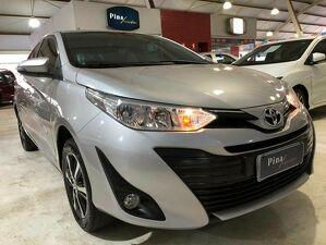 Toyota Yaris 1.5 Prata 2019