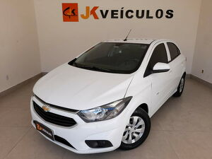 Chevrolet Onix 1.0 Plus Branco 2019