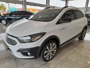 Chevrolet Onix 1.4 Activ 8V Branco 2018