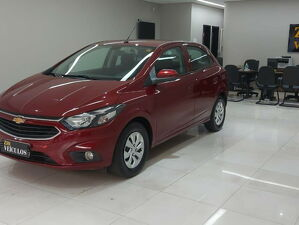 Chevrolet Onix 1.0 LT 8V Vermelho 2017