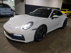 Porsche 911 3.0 Carrera Branco 2021