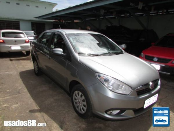 FIAT GRAND SIENA 1.0 EVO FLEX ATTRACTIVE MANUAL Cinza 2013