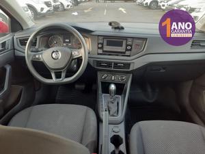 Volkswagen Polo Sedan 1.6 8V Vermelho 2020