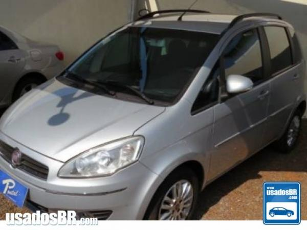 FIAT IDEA 1.6 ESSENCE 16V Prata 2012