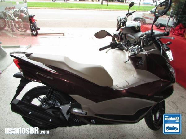Foto do veiculo Honda PCX 150cc Marron 2017