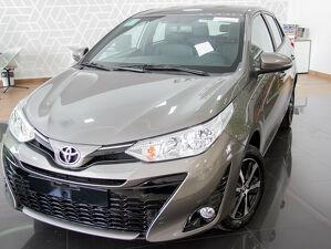 Toyota Yaris 1.5 XS Connect Cinza 2021