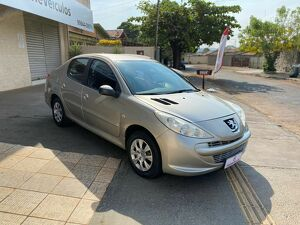 Peugeot 207 1.4 XR Passion Bege 2012