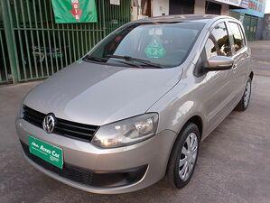 Volkswagen Fox 1.0 Trend Prata 2011