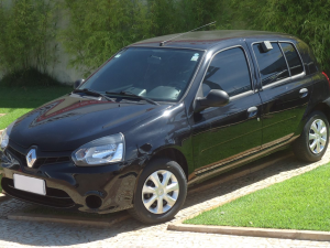 RENAULT CLIO 1.0 AUTHENTIQUE Preto 2015