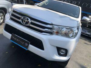 Toyota Hilux 2.7 SRV Branco 2017