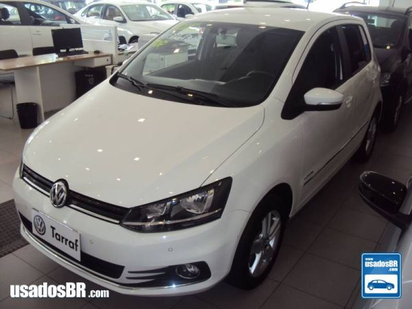 Foto do veiculo VOLKSWAGEN FOX 1.6 HIGHLINE Branco 2015