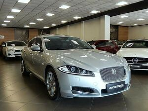 Jaguar XF 2.0 Luxury Turbocharged Prata 2013