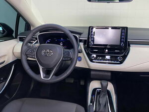 Toyota Corolla 1.8 Altis Premium Hybrid 10