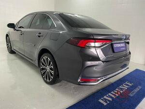 Toyota Corolla 1.8 Altis Premium Hybrid 4