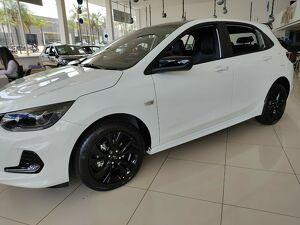 Chevrolet Onix 1.0 RS Turbo Branco 2022
