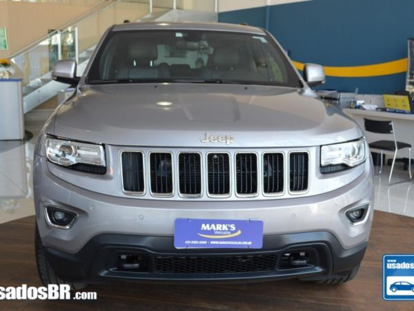 Foto do veiculo JEEP GRAND CHEROKEE 3.6 LAREDO V6 Cinza 2015