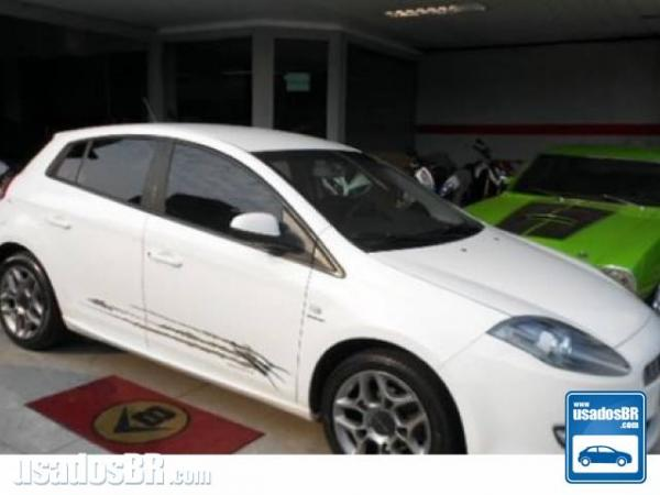 Foto do veiculo FIAT BRAVO 1.8 ESSENCE 16V Branco 2014