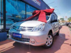 Nissan Livina 1.6 16V Prata 2013