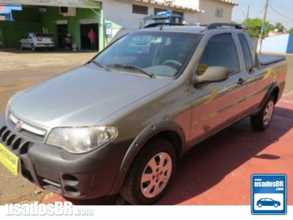 FIAT STRADA 1.4 MPI FIRE CE 8V FLEX 2P MANUAL Cinza 2011