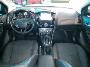 Ford Focus 2.0 Titanium 8