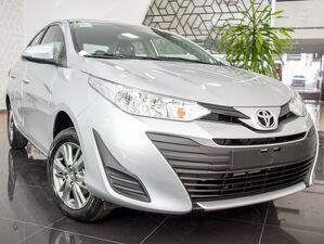 Toyota Yaris 1.5 XL Plus Connect Prata 2021