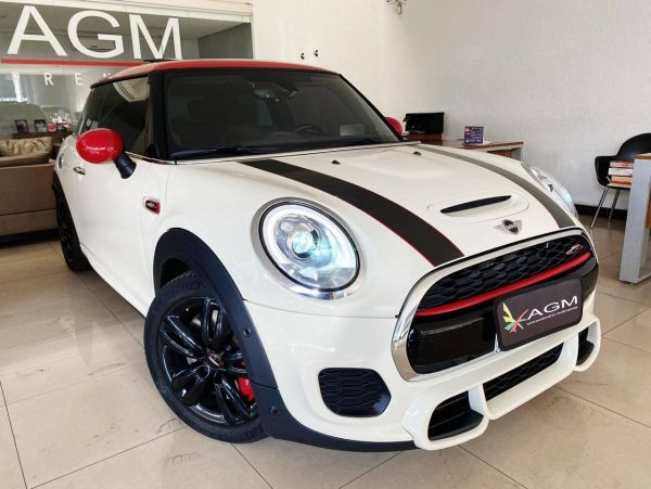 MINI COOPER 2.0 S TURBO Branco 2017