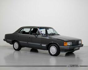 Chevrolet Opala 4.1 Diplomata SE Preto 1990