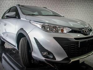 Toyota Yaris 1.5 X Way Connect Prata 2021