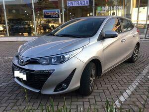 Toyota Yaris 1.5 XLS Connect Prata 2020