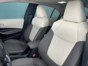 Toyota Corolla 1.8 Altis Premium Hybrid 7