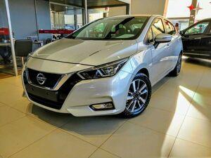 Nissan Versa 1.6 16V Advance Prata 2021