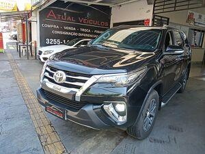 Toyota Hilux 2.8 SRX Preto 2017