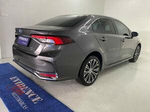 Toyota Corolla 1.8 Altis Premium Hybrid 6