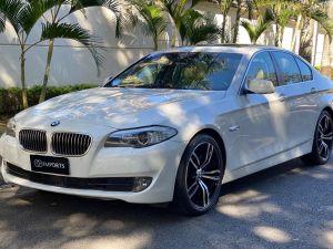 BMW 535i 3.0 6 CILINDROS TURBO Branco 2011