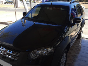 FIAT PALIO WEEKEND 1.8 ADVENTURE 16V Preto 2011