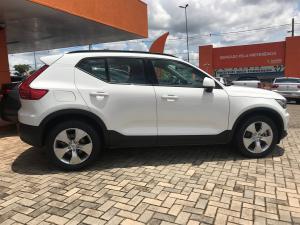VOLVO XC40 2.0 T4 GEARTRONIC Branco 2019