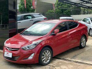 Hyundai Elantra 2.0 16V Vermelho 2015