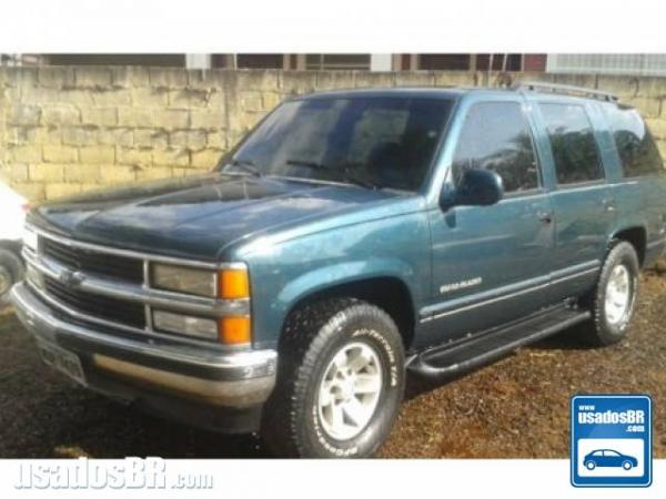 Foto do veiculo CHEVROLET SILVERADO 4.2 GRAND BLAZER 4X2 18V TURBO INTERCOOLER DIESEL 4P MANUAL Verde 1999