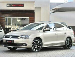 Volkswagen Jetta 2.0 Comfortline Prata 2014