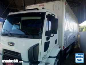 Ford Cargo 1517 T Branco 2012